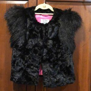 Skaist taylor faux fur vest neiman Marcus XS Fun!